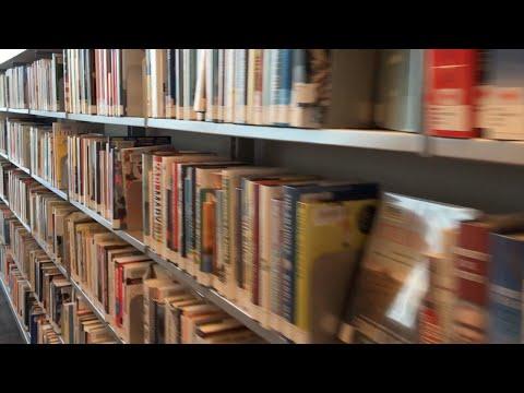 В библиотеку Торонто — за кастрюлей?!