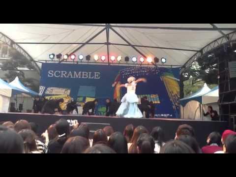 【男20人】アナと雪の女王を割とガチで踊ってみた【観客2000人】