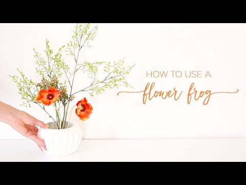 How To Use A Flower Frog