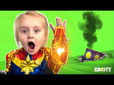 Captain Marvel Movie Gear Test + MYSTERY BOX FOUND | KIDCITY