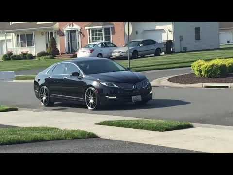 Lincoln MKZ Pull Up On 22 inch rims