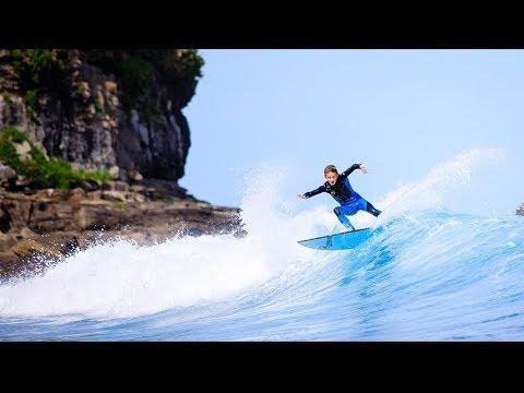 Solid waves at Mudjimba Island