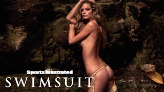 Kate Bock Gleams In Gold Chains In Mexico | Uncovered | Sports Illustrated Swimsuit