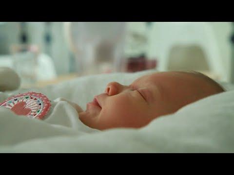 Baby Sarah in beeld - Reportage