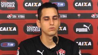 Entrevista com goleiro do Vitória, Júnior Fernández