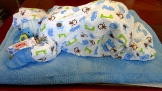 How to Make a Sleeping Baby out of Diapers - DIY diaper cake tutorial
