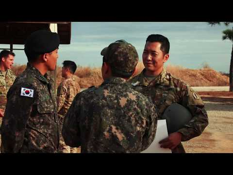 8th Psychological Operations Group (Airborne) Hosts Korean Counterparts