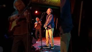 Icy Blue Heart . John Hiatt and the Goners