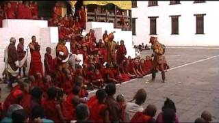 preview picture of video 'First day of the Thimphu Tsechu, Bhutan'