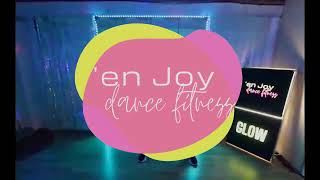 GLOWfit aerobic glowstick routine for arm toning with 'en Joy dance fitness Hampshire & online