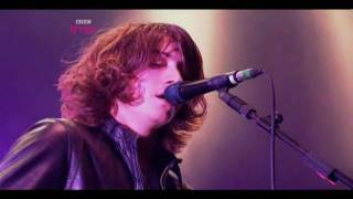 Arctic Monkeys - Fluorescent Adolescent - Live at Reading Festival 2009 [HD]