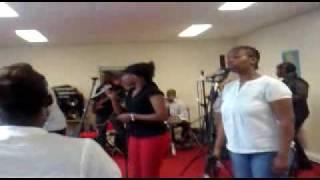Generation Kabemba Grace Divine à Alfortville (seminaire)