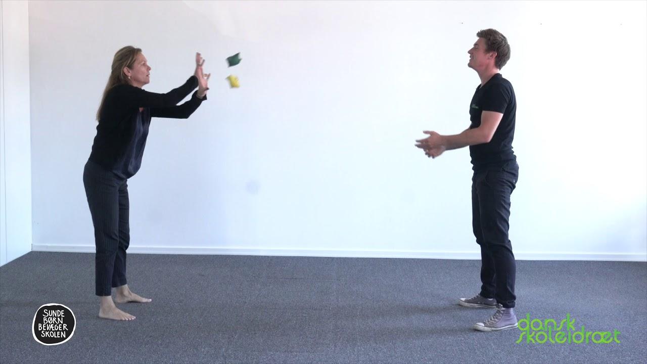 10.2 - Kast med to bolde