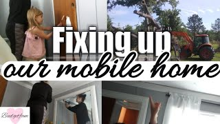 Fixing Up Our Old Mobile Home / DIY / CHEAP / Vlog Style!