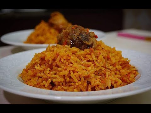 HOW TO MAKE JOLLOF RICE – ZEELICIOUS FOODS