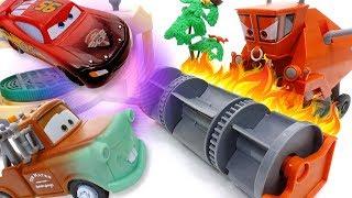 Frank Gone Mad~! Disney Cars Color Changer Toys