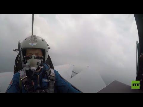 العرب اليوم - شاهد: فيديو من داخل طائرة منكوبة بعد اصطدامها بالطيور