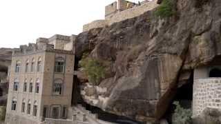 preview picture of video 'منـتـــــزه الــــســكون الــسياحي (الطريق الى حصبره 2012م)'