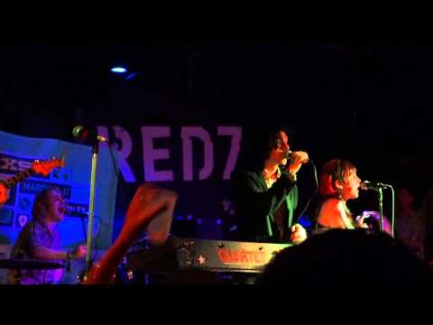 "Foxygen ""Shuggie"" SXSW 2013 insulting fans at the end of the song"
