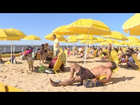 Aprovechan playas falsas para veranear en Buenos Aires