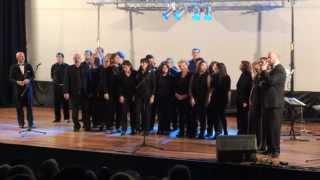 preview picture of video 'Los cantantes del Colón junto al Coral Intermezzo'