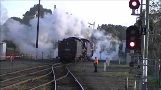 preview picture of video 'Snow Train 2014 Double headed R761 and R707 at Traralgon'