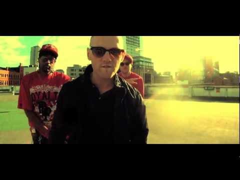 Devenom & Zinc Larynx ft Viollet - Keep The Fire Alive