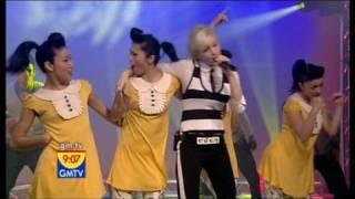 Gwen Stefani - The Sweet Escape Live GMTV