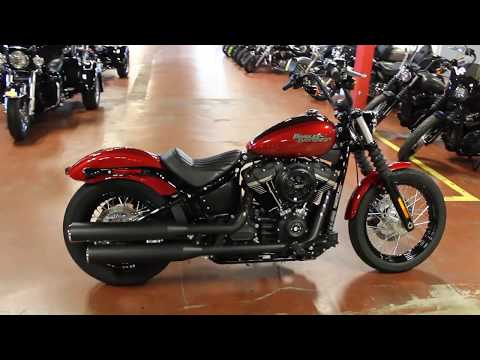 2018 Harley-Davidson Street Bob® 107 in New London, Connecticut - Video 1