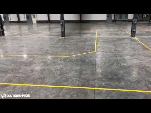 Marquage au sol industriel adhesif