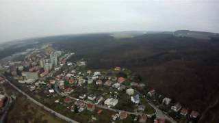 preview picture of video 'EasyStar Flight - Komorany 03.12.2009 (Maximal altitude 227 m)'