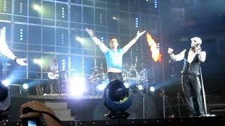 Joey McIntyre Surprises Backstreet Boys NKOTBSB