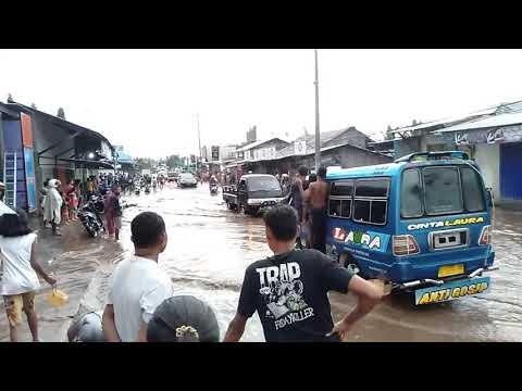 Akibat hujan Pinggiran kota maumere-Geliting-Sikka-Flores-NTT || Banjir #berita terkini mof