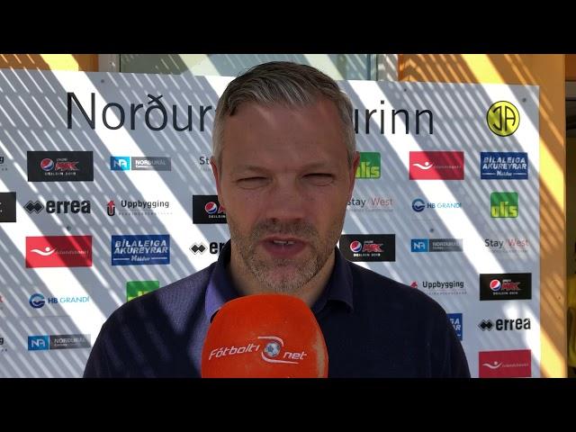 Helgi Sig: Set spurningarmerki við völlinn