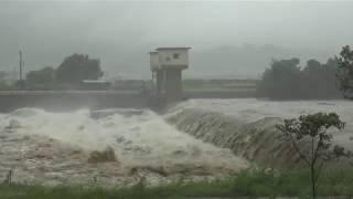 台風24号愛媛県西条市加茂川中山川の様子