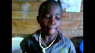 preview picture of video 'Le sort des orphelins (part 1): les conditions dans le camp (Goma RDC)'