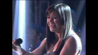 Kelly Clarkson - Dancing With the Stars Finale Performance