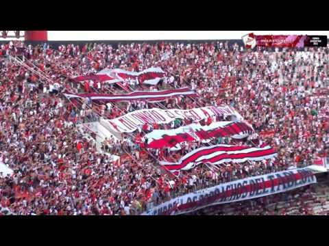 """""""BANDERAS NEGRAS PARLANTES NO HAY  FIESTA   River Plate vs Newells   Campeonato 2015descargaryoutube"""" Barra: Los Borrachos del Tablón • Club: River Plate • País: Argentina"""