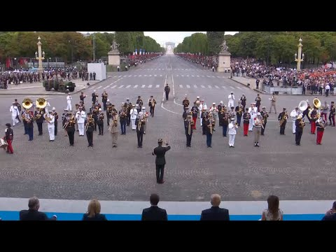 Very French marching band performs Daft Punk to our nonplussed president · Nice Job, Web! · The A.V. Membership