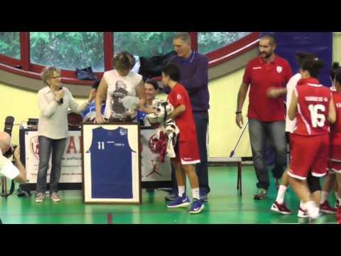 Preview video Il ritiro della maglia n.11