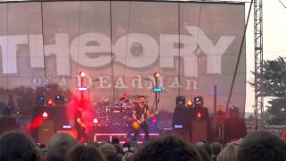 Nothing Could Come Between Us - Theory of a Deadman Wausau 8-1-14