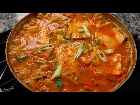 Cheonggukjang-jjigae (Extra-strong fermented soybean paste stew)