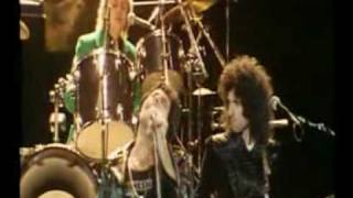 Queen - Don`t stop me now (Brian & Roger talks) - Greatest video hits 1