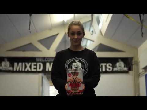 Het rauwe en eerlijke verhaal van Marloes Coenen, drievoudig wereldkampioen Mixed Martial Arts.