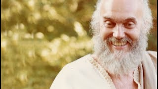 Dissolving the Fear, Finding Your Own Beauty – Ram Dass