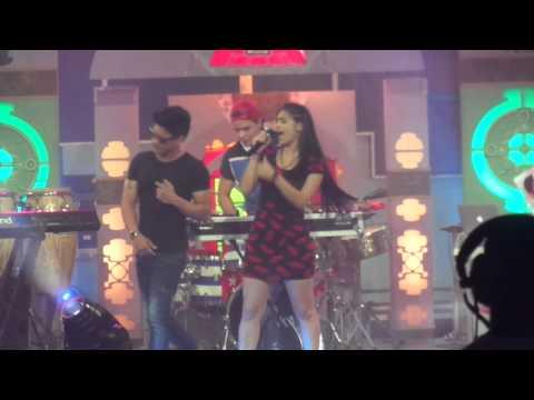 Ana Karla Suarez y Baby Lores - Talla Joven Live