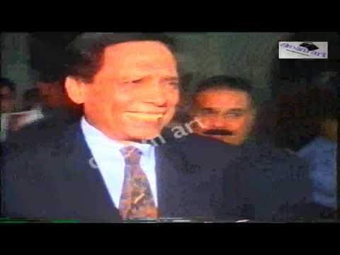 فيديو نادر- عادل إمام في حفل زفاف اللاعب وليد صلاح الدين