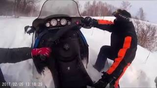 ПРИКОЛЫ ПОКАТУШКИ НА СНЕГОХОДАХ BRP 2017 ПРЫЖКИ ПАДЕНИЯ FUN RIDE ON THE SNOWMOBILE BRP