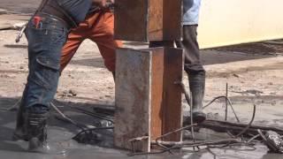 挖土機配合中間樁立接插入攪拌樁