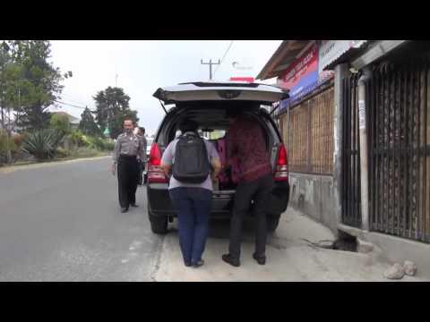 KPK geledah rumah seorang pengusaha di Cianjur - NET5